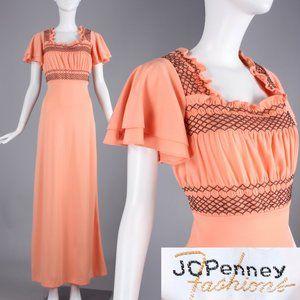 M Vintage 60s 70s Peach Smocked Prairie Maxi Dress
